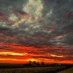 Sunrise this morning in eastern Iowa.@weatherchannel #sunrise #sunrisesaturday #Iowa #IAwx #ItsAmazingOutThere http://t.co/vzp7aX8J9b