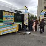Le #bus #photomaton de @reseau_tan Place du Commerce #Nantes. #photo #selfie #insolite @TANinfos http://t.co/dbxPoqB3WW