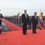 Presidente de Ecuador @MashiRafael ya está en El Salvador para beatificación de #MonseñorRomero http://t.co/nnIGazLnCH