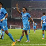 LionsXII clinch Malaysian FA Cup after 3-1 victory over Kelantan http://t.co/dD635Lkv19 http://t.co/0hFlci5fbG