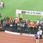 #MalaysiaFACup: @FAS_LionsXIIs Izwan Mahbud takes home Man of the Match http://t.co/R6NYZ8xXXg http://t.co/4gT9mYruQo