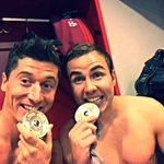 #MiaSanMeister 👌🏻🎉🏆⚽️🎊👌🏻@FCBayern @lewy_official http://t.co/RsfSYWTO1x