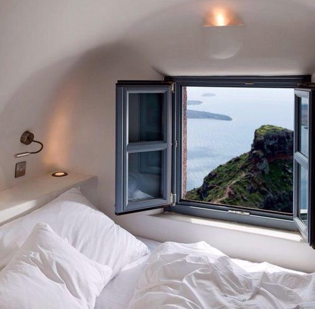 작은창문. 어디에 어떻게 누가 만드냐에 따라 달라진다. http://t.co/lRMacHXFnN