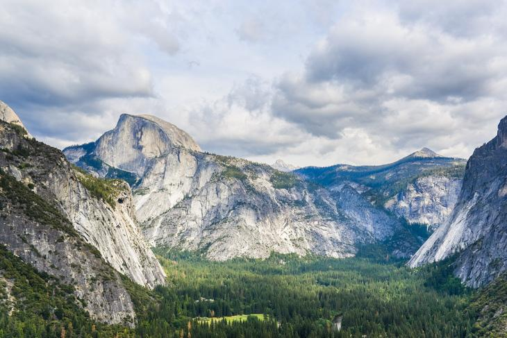 RT @hitRECord: You can see for miles in this sterling shot of @YosemiteNPS.  http://t.co/EjuUQJxaC1  #FindYourPark http://t.co/SDRFHTYCPc