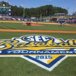 A spot in the finals on the line. Lets go @GatorZoneBB http://t.co/47RzEK5GUA