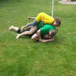 When all the women want the hose this is what happens. lol #MemorialDayWeekend http://t.co/lM7pE7m0aD