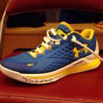 .@StephenCurry30 warmed up in #CurryOne lows for Game 3 vs. Houston. (via @NBA) http://t.co/9nTtG0FkKq