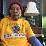Meet 'Sweetie,' the 105-year-old Warriors fan who just wants an NBA title: http://t.co/kyXyCnYoEM http://t.co/tnBsm2shkB