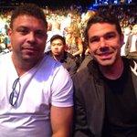 Tem fenômeno ligado em fenômeno. @ronaldo e @Marcusbuaiz já estão prontos para a luta de @vitorbelfort http://t.co/XhZquojEHu