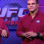 Vitor Belfort já está pronto pra comentar sua DERROTA ao vivo do #UFC187 http://t.co/9ALOIgEhu4