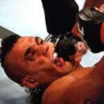 Ame um homem que te olhe no fundo dos olhos como o Vitor Belfort http://t.co/FhGT9tbupK