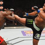 With win tonight, Daniel Cormier becomes 1st new Light Heavyweight champion since 2011. http://t.co/nhmAzmaGpg
