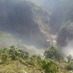 यस्तो छ कालिगण्डकी नदी थुनिएपछिको स्थिति, हेर्नुस् फोटो र भिडियो http://t.co/80deih3bop http://t.co/6gqU3L2egv