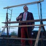 Узнали? Ленин в Черкассах замаскировался под козака! Ой фсё! http://t.co/UnQQCQBcM7