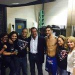 "It looks like @Schwarzenegger joined ""The team"". @ChrisWeidmanUFC #UFC187 #JoinTheTeam http://t.co/hD9FOEJ0jz"