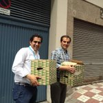 Equipazo repartiendo los bocatas a nuestros interventores y apoderados con @nieto_alcalde a la cabeza! Vamos! http://t.co/h21hT6I4Sk