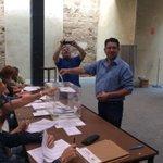 El Alcalde de #Trebujena .@JorgeRguezPerez ya ha votado @iutrebujena #24M #Eleccion2015 http://t.co/3Y3Sw4HnR4
