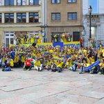 Hoy Oviedo se tiñe de amarillo, vamos!!!! ???????????? #OviedoAmarillo #cadizoviedo #SePuede http://t.co/V6xwxLAHlS