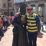 La regenta también es cadista #OviedoAmarillo. http://t.co/ri4zHqXbmw