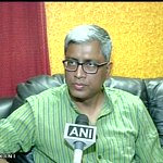 Modi ji's Govt says that the elected Govt is not important, but an appointed LG is: Ashutosh on Delhi Govt- LG row http://t.co/pIXoSZGgpm