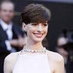 """Oscar-winning actress Anne Hathaways """"Colossal"""" faces lawsuit for being similar to Godzilla http://t.co/V6CtQdVE58"""