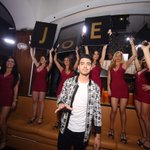 Lets go #Vegas!!! @joejonas is in the building http://t.co/ChFSeaM5a1