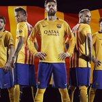 El Barcelona presagia un ascenso del @Cadiz_CF y opta por homenajear a los cadistas con su segunda equipación 2015-16 http://t.co/VWadTJC7Sq
