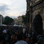 #Nimes /  feria de Pentecôte hier soir devant les arènes / @Midilibre @TVSud @ladepechedumidi   #Montpellier http://t.co/VJTT1hCEEt