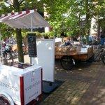 Wat een gezelligheid hier op de Pinkstermarkt Castellaplein @Bakkerscafe. #Bottendaal http://t.co/4hvvq88biw