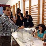Animo a todos los cordobeses a que acudan a votar en un día tan importante para el futuro de Córdoba http://t.co/YJR7Ol0mnX