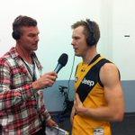 Jack is Back!!! @JackRiewoldt08 4 goals tonight #AFLPowerTigers http://t.co/JPdpQvTE3T