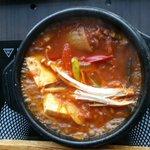 ร้านมาชิตัง ชั้น5ยูเนียนมอลล์..คนชอบอาหารเกาหลีต้องมาลอง อร่อยทุกอย่าง @aroii http://t.co/DtV3qcH6W9