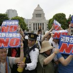 Thousands surround #Japans Parliament, protesting new #US airbase plan on Okinawa http://t.co/XhF91VWzi5 http://t.co/M2oFDx4yC4