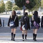 なんで女って横一列に広がってチンタラ歩くの?アルマゲドンなの? http://t.co/ZwsE5PWnFd  syunke73