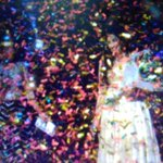 RT @ShreyaSonuHolic: Tht moment @shreyaghoshal ws showered wd golden confetti as a gift from @RockOnMusicLtd congratulate on her marriage. …