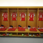 Welcome back @Alex_OxChambo! The Ox is among the @Arsenal substitutes for #AFCvWBA http://t.co/EG9Xbc9fKO