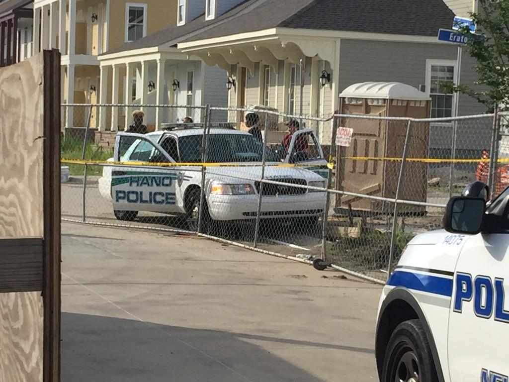 New Orleans Officer Fatally Shot In Squad Car http://t.co/2AWfjLJeR6