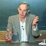 "John F. Nash Jr. dies. He was 86. The Nobel laureate was subject of ""A Beautiful Mind."" http://t.co/8N2Pmqj8z3 http://t.co/0ODD9NpXzO"