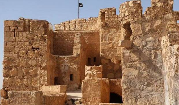 Isis executes hundreds of women and children in ancient city of Palmyra http://t.co/OShBLM2Jvz