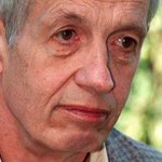John Nash, Nobel Prize winner and subject of A Beautiful Mind, killed in car crash http://t.co/YCHW7B4vo0 http://t.co/xuNnzSF72h