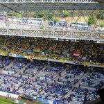 ¡¡¡2.000 valientes que se han cruzado España para animar a su equipo, GRANDES!!! #OviedoAmarillo http://t.co/MwLDFoUSAt