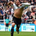 16/09/14 - Diagnosticado com câncer 24/05/15 - Marca o gol que garantiu a permanência do Newcastle na Premier League http://t.co/Xwy6wFHivT