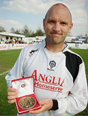 BREAKING NEWS: Gareth Owen Appointed new Manager of Rhyl FC http://t.co/vxDy3iRgMk