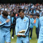 .@aguerosergiokun shows off his newest item of footwear... #mcfc http://t.co/w4W8aCkxEu