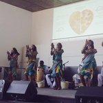 Il ritmo travolgente delle danze eritree per festeggiare il suo National Day, oggi a #Expo2015. http://t.co/zwEzwJeMSO
