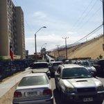 RT @jpsanoni: Reinamar con 2 oriente, decenas de autos mal estacionados #iquique http://t.co/IHBK7UVuvs cuando las autoridades fiscalizaran?