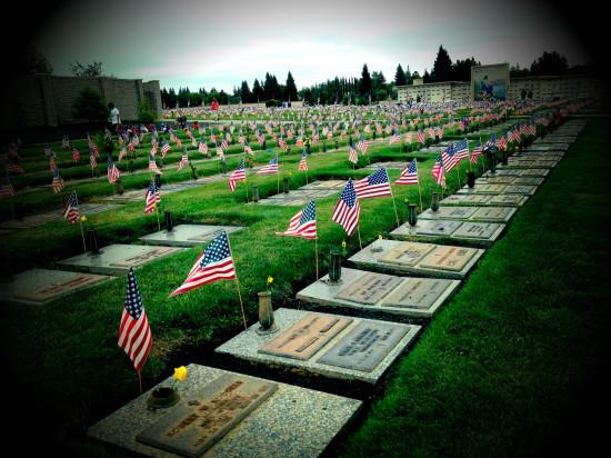 What's the Difference Between Memorial Day and Veterans Day? http://t.co/SR6xW55gdB via @savingadvice http://t.co/YF2xkFRNMm