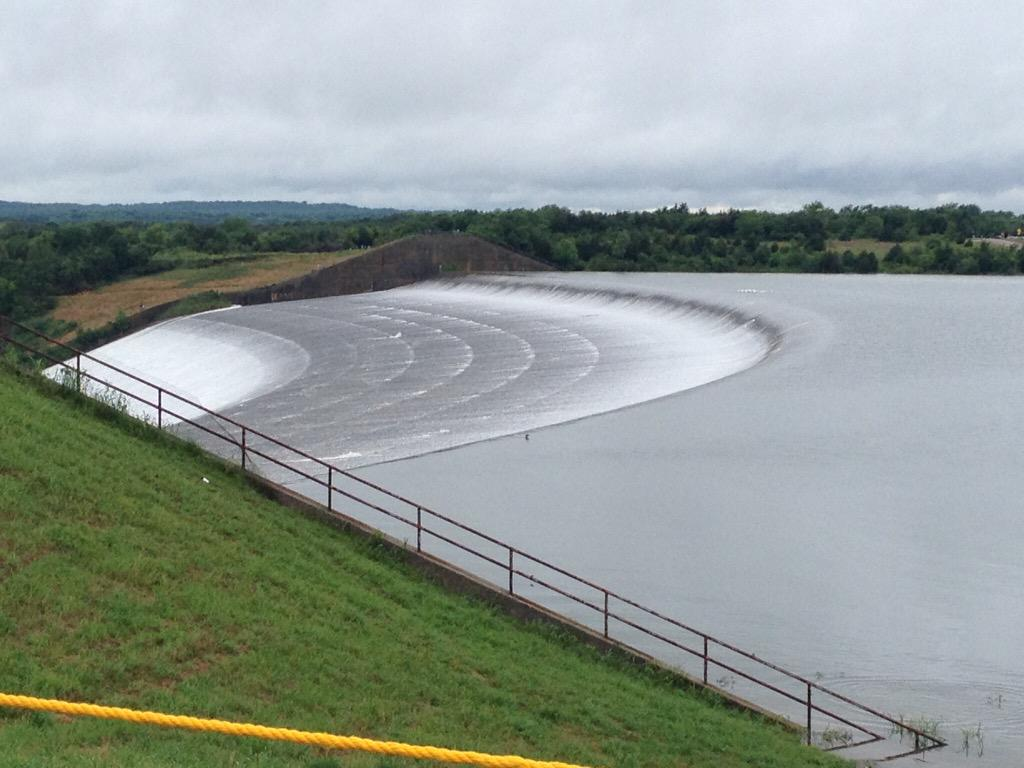 Water going over the spillway at Lake Texoma for only the 4th time in its history. Photo: Donna Bearden #okwx #txwx http://t.co/85XSf8amdN