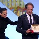 #Cannes2015 Magnifique Vincent, très ému par cette récompense > http://t.co/Ejp2LCZkpv http://t.co/KEUYWAgzkF