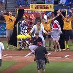 ASU coach Bobby Hurley threw out the 1st pitch at the D'Backs game…with a Wall of Distraction http://t.co/k4QSjHU2Qx http://t.co/pXERcGh4S9